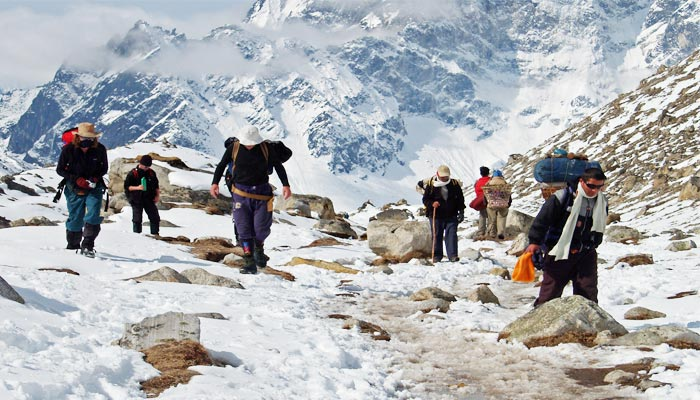 Trekking to EBC in Winter