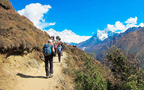 The Most Recommended Everest Base Camp Trekking Routes in Tibet