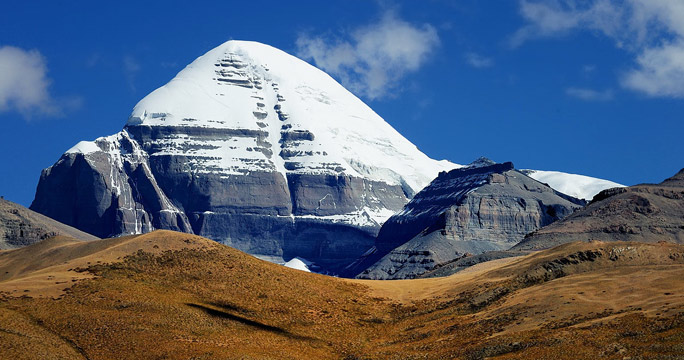 Awe-inspiring summit of Mount Kailash