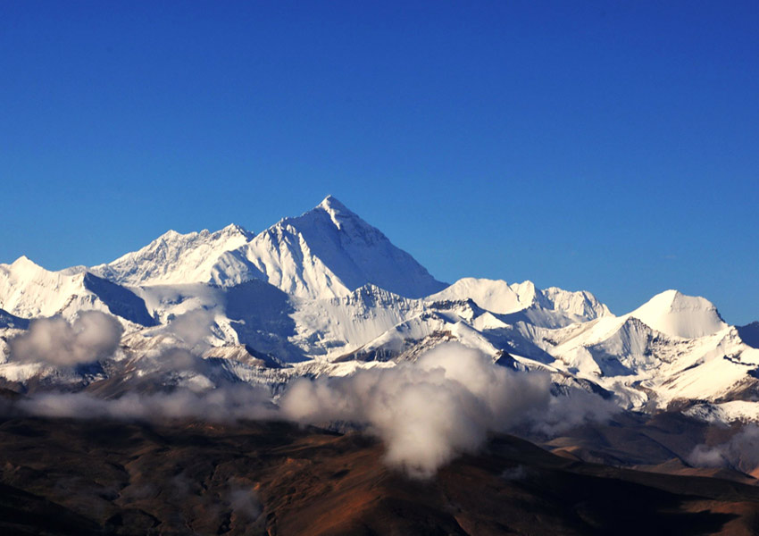 have a panorama of Mount Everest and its surrounding lofty mountains from afar.