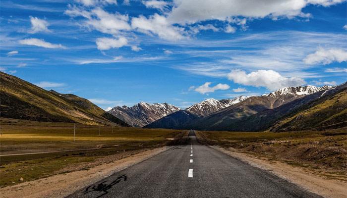 Get to Tibet by road