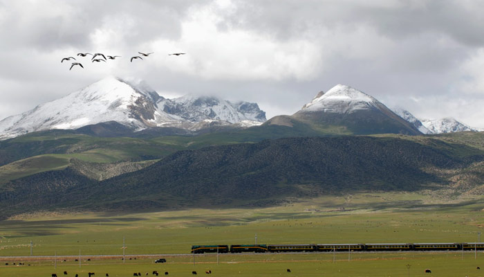 Get to Tibet by train