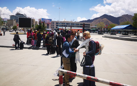 Flights to Lhasa: the Most Convenient Way to Get to Lhasa City