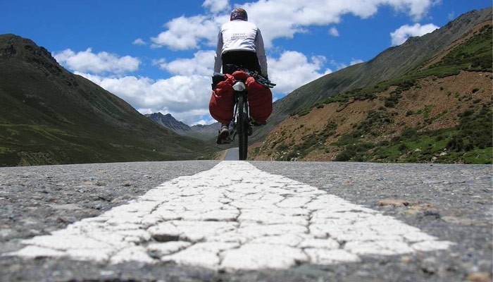 The best time to cycle in Tibet