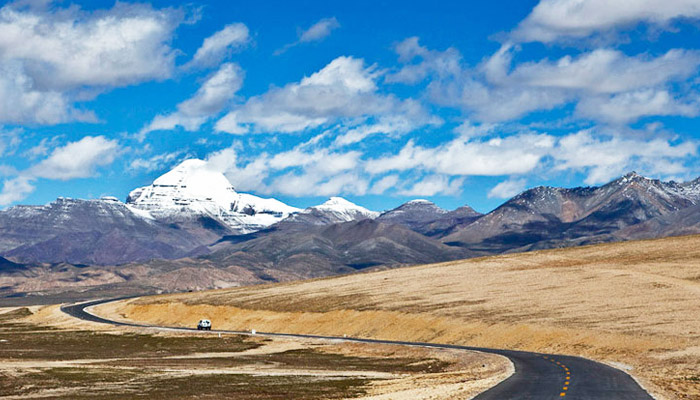 Overland to Mount Kailash