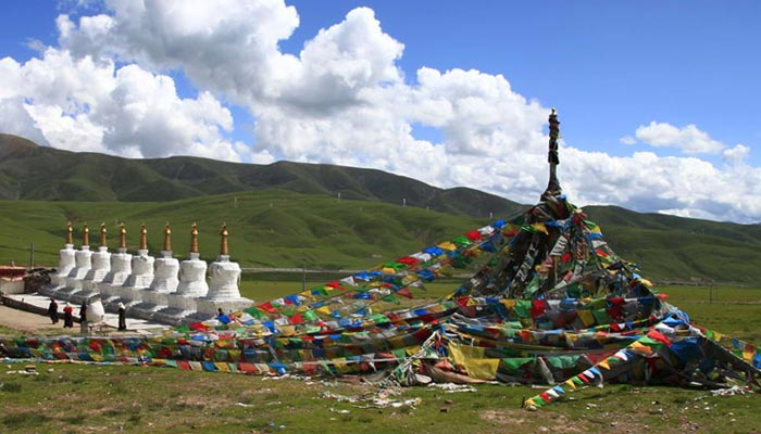 Eight-Pagodas in North Tibet Pasture