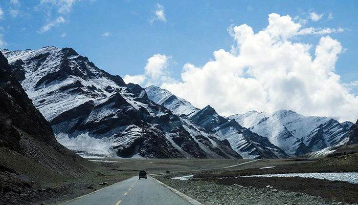 Travel from Nepal to Tibet