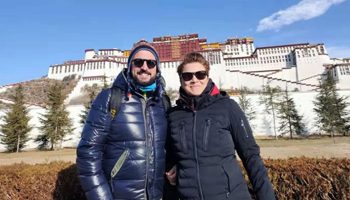 Visit Potala Palace in Winter