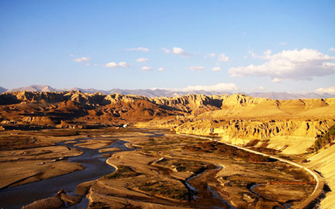 24 Days Lhasa to Kashgar Overland & Classic Silk Road Tour