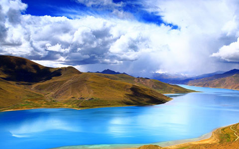 5 Days Lhasa and Turquoise Yamdrok Lake Tour