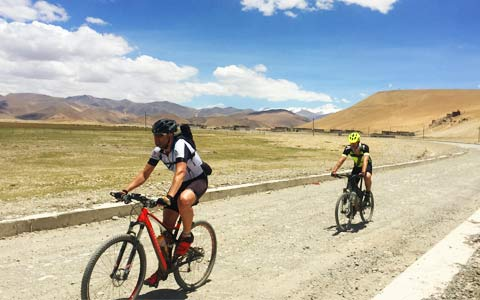Tibet Biking Tours