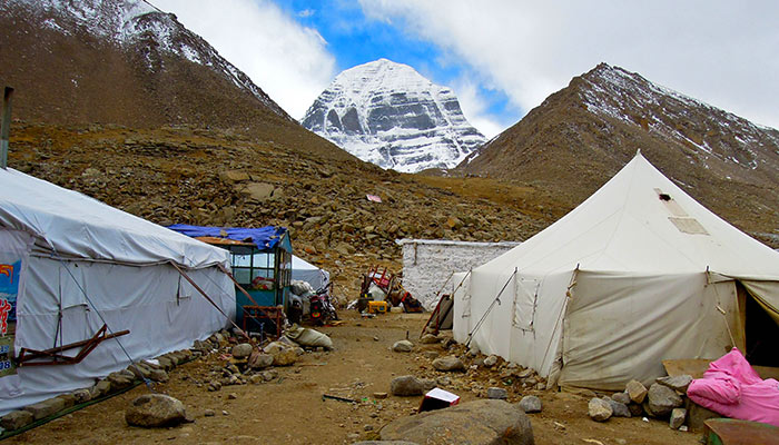 Camping nearby Mt. Kailash